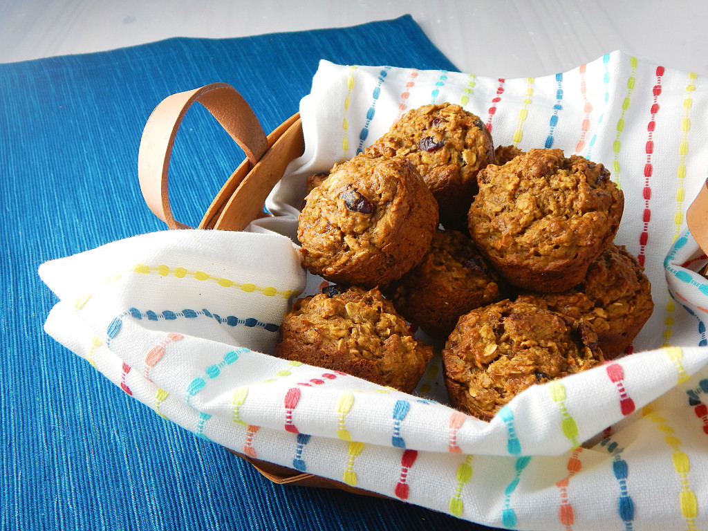 Healthy Grab 'n Go Breakfast Muffins