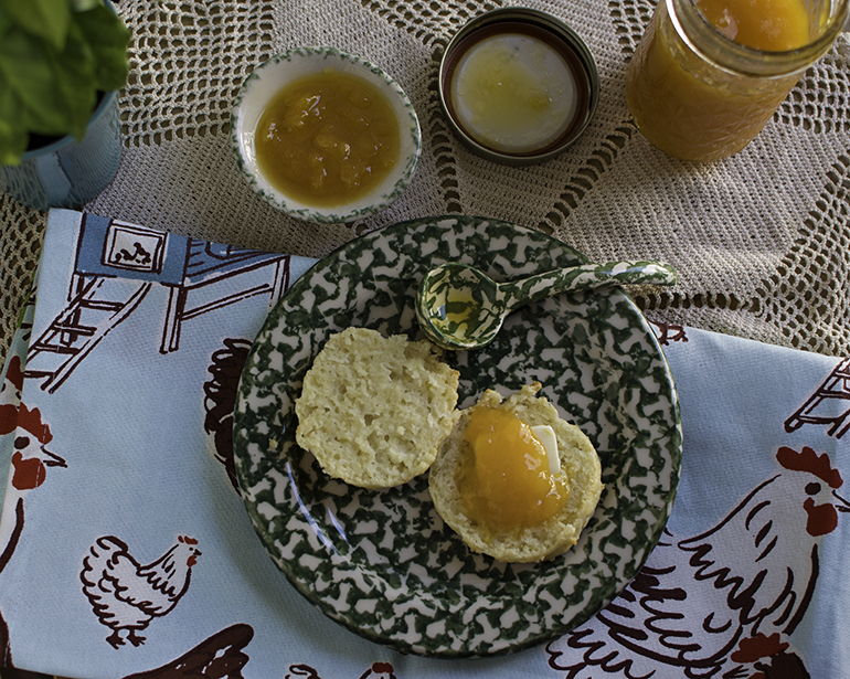 biscuits-for-two-with-preserves